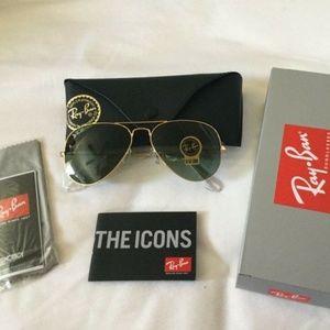 RAY-BAN Unisex Sunglasses Gold AVIATOR RB3025